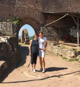 Sandra und Petra auf der Madenburg